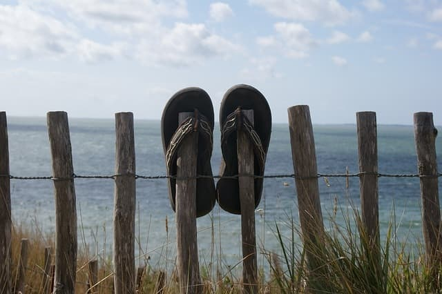 Are flip flops causing your back pain